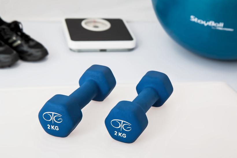 Kako telovaditi med delovnim dnevom in zakaj je to pomembno?