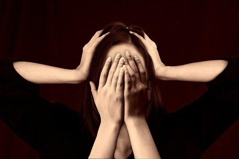 Kako pomagati svojemu partnerju/partnerici pri soočanju s stresom na delovnem mestu?