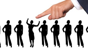 Ne zaposlujte previsoko kvalificiranih delavcev! Mit ali resnica?