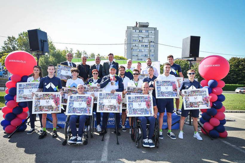 Naši paraolimpijci so se vrnili domov!