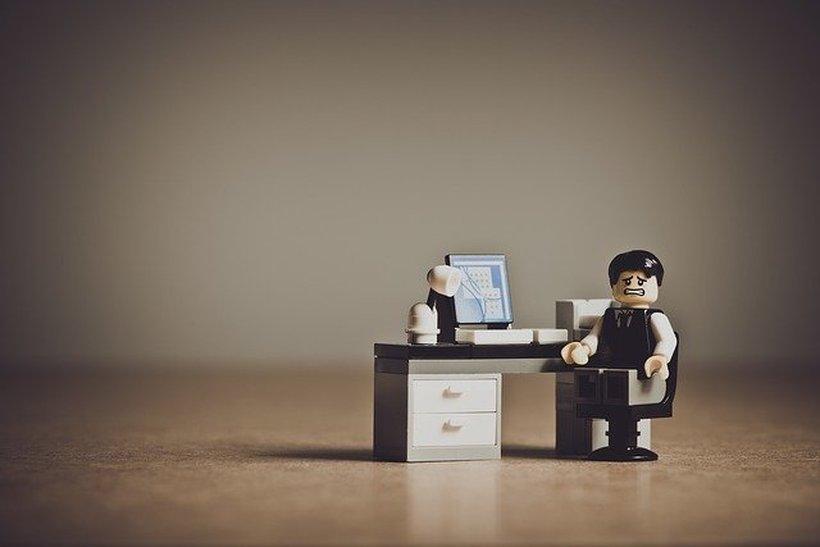 5 nasvetov kako pomagati svojemu zaposlenemu, ki se sooča z depresijo